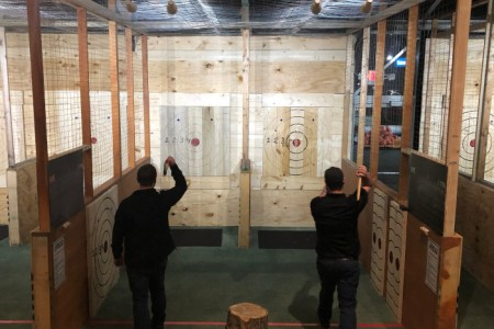 Ax throwing SIDE BY SIDE THROWING LANES